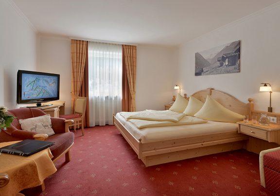 Doppelzimmer Typ A-B Hotel Glockenstuhl in Gerlos