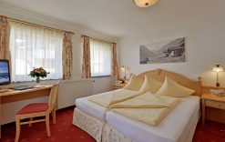 Doppelzimmer Typ B Hotel Glockenstuhl in Gerlos